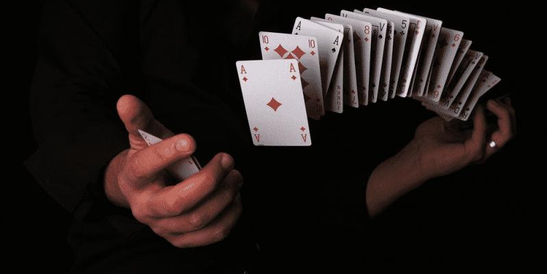 spectacle-magie-magicien-mentaliste-repas-Val-de-Marne94