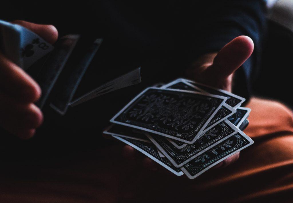 spectacle-magicien-mentaliste-atelierdemagie-Val-de-Marne94