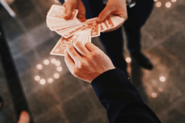 spectacle-magie-magicien-mentaliste-cocktaildinatoire-Paris75